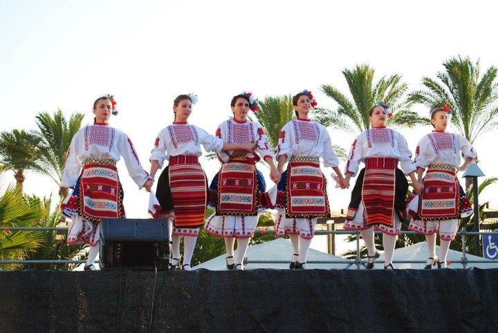 Fiesta intercultural Teulada-Moraira